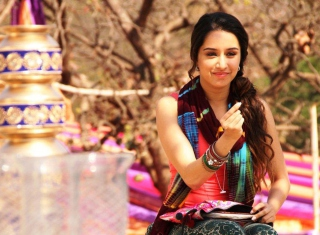 Shraddha Kapoor Background for Android, iPhone and iPad
