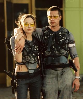 Mr. & Mrs. Smith - Obrázkek zdarma pro Nokia Asha 203