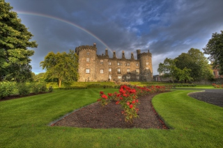 Kilkenny Castle in Ireland Background for Android, iPhone and iPad