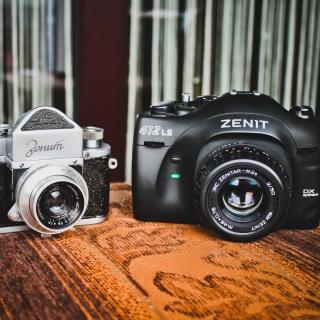 Zenit Camera - Obrázkek zdarma pro iPad 3