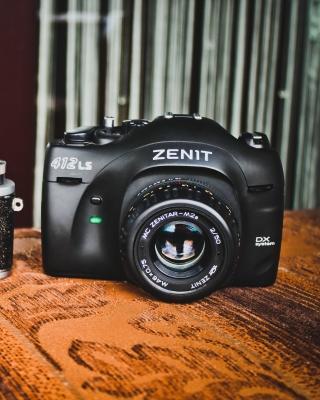Zenit Camera - Obrázkek zdarma pro Nokia Lumia 505