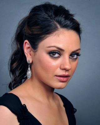 Talented actress Mila Kunis - Obrázkek zdarma pro Nokia C1-00