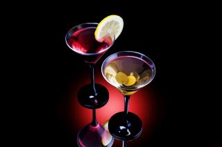 Cocktail With Olives - Obrázkek zdarma pro 176x144