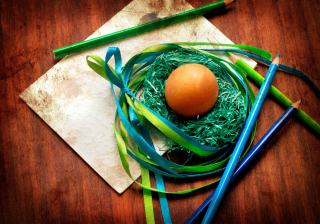 Egg In Nest Wallpaper for Android, iPhone and iPad