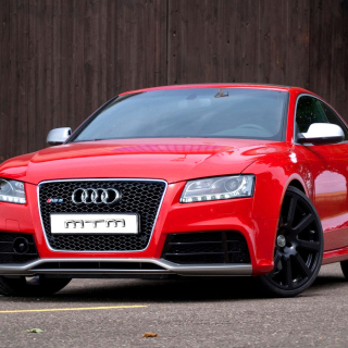 Audi RS5 Red - Obrázkek zdarma pro iPad Air