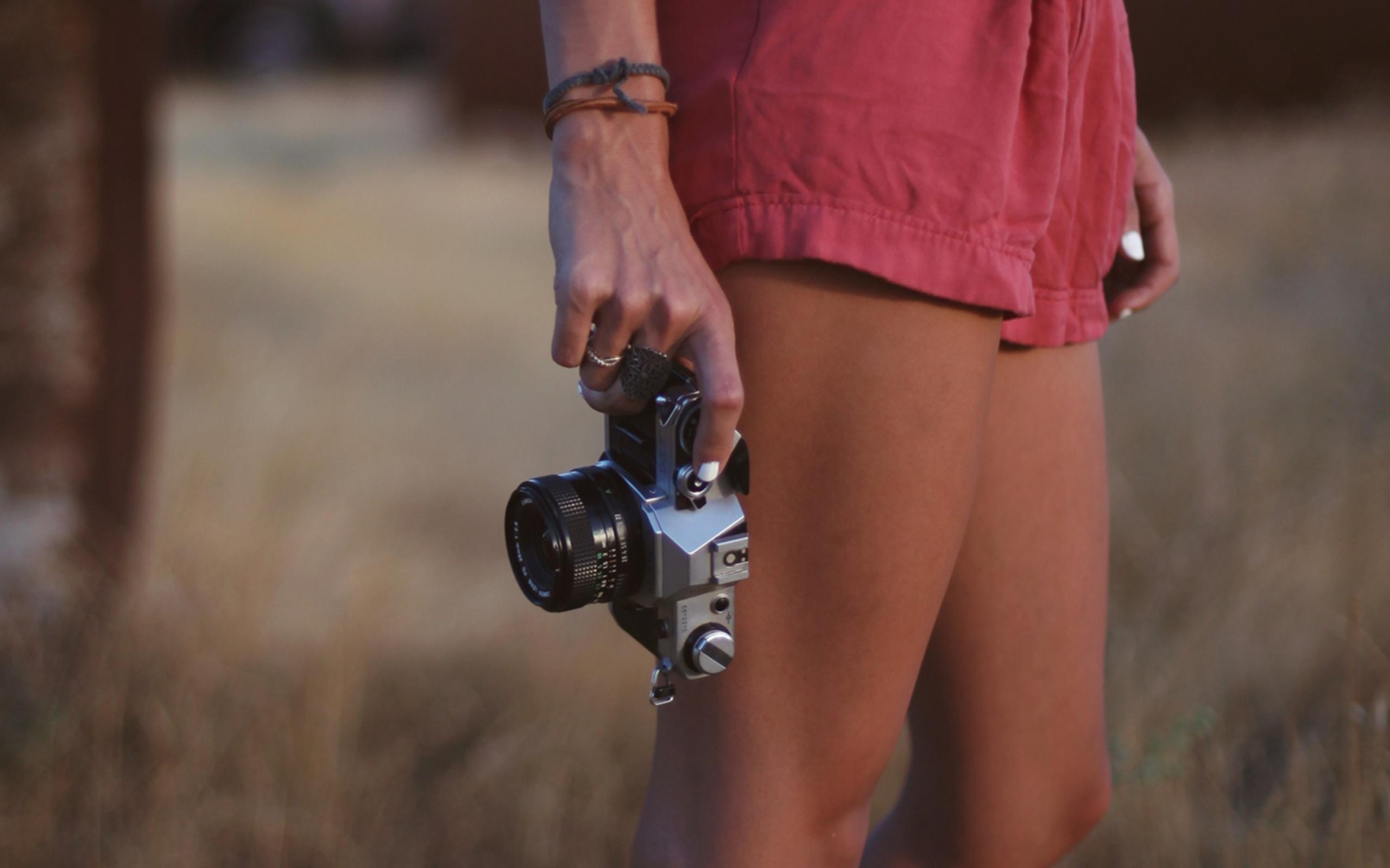 Девушка фотограф  № 524815 бесплатно