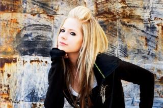 Avril Lavigne - Obrázkek zdarma pro Android 800x1280