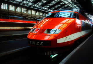 Free Orange High Speed Train Picture for Android, iPhone and iPad