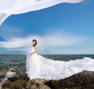 Cute Asian Girl Bride - Obrázkek zdarma pro iPad 2