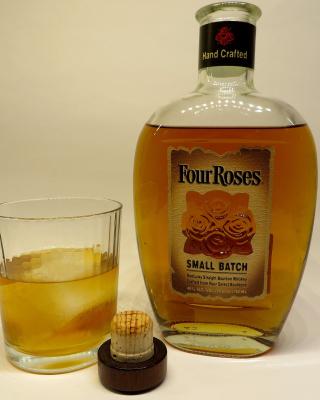 Four Roses Bourbon - Obrázkek zdarma pro Nokia C2-03