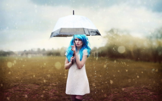 Картинка Girl With Blue Hear Under Umbrella для телефона