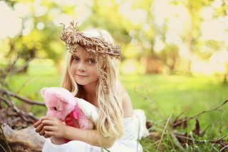 Free Little Girl With Pink Teddy Picture for Android, iPhone and iPad