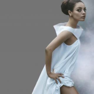 Mila Kunis Ukrainian actress - Obrázkek zdarma pro 2048x2048