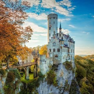 Lichtenstein Castle in Wurttemberg - Obrázkek zdarma pro 128x128
