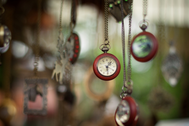 Карманные часы и скатерть  № 2171711 без смс