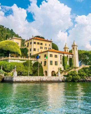 Lake Como in Italy Must Visit - Obrázkek zdarma pro Nokia C5-05
