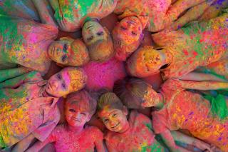 Kids Having Fun - Obrázkek zdarma pro 1680x1050