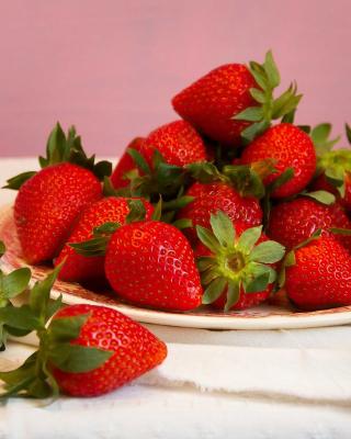 Strawberries Plate - Obrázkek zdarma pro 128x160