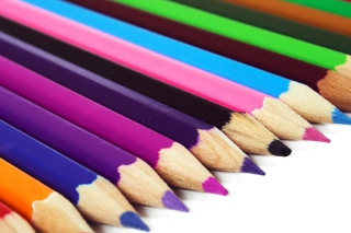 Free Colored Crayons Picture for Android, iPhone and iPad