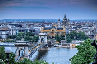 Budapest Pest Embankment Background for Android, iPhone and iPad