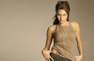 Angelina Jolie - Obrázkek zdarma pro Samsung Galaxy S6 Active