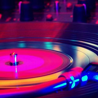 Electronic Music in Night Club - Obrázkek zdarma pro iPad