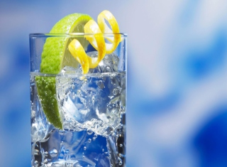 Cold Lemon Drink Picture for Android, iPhone and iPad