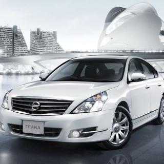 Nissan Teana Sedan - Obrázkek zdarma pro 2048x2048