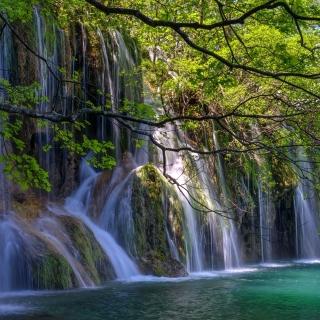 Waterfalls in National park Plitvice - Obrázkek zdarma pro 208x208