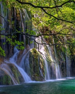 Waterfalls in National park Plitvice - Obrázkek zdarma pro Nokia X1-00