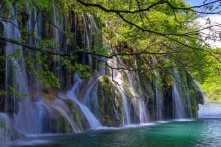 Waterfalls in National park Plitvice Background for Android, iPhone and iPad