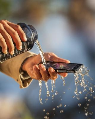 Sony Xperia Z Waterproof - Obrázkek zdarma pro 640x960