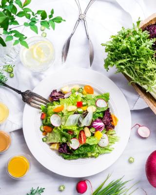Vegetable Salad - Obrázkek zdarma pro 768x1280