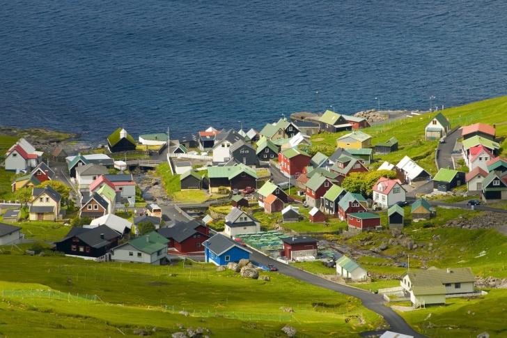 Funningsfjordur Faroe Islands wallpaper