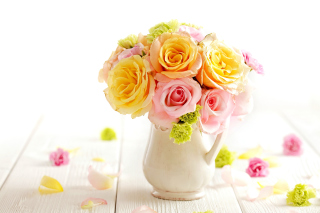 Tender Purity Roses Bouquet Wallpaper for Android, iPhone and iPad