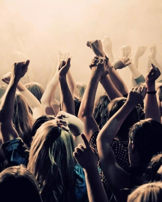 Crazy Party in Night Club, Put your hands up - Obrázkek zdarma pro 640x1136