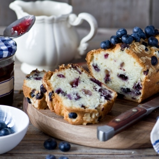 Blueberries Cake - Obrázkek zdarma pro 320x320