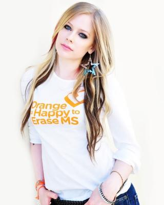 Avril Lavigne 2013 - Obrázkek zdarma pro 240x432