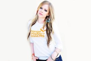 Avril Lavigne 2013 - Obrázkek zdarma pro Nokia C3