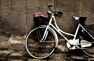 Free Bike Picture for Android, iPhone and iPad