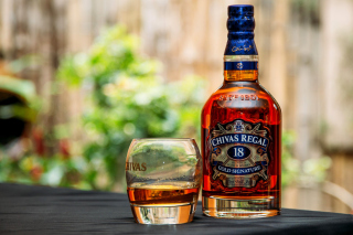 Chivas Regal 18 Year Old Whisky Wallpaper for Android, iPhone and iPad