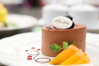 Chocolate Cake Decoration Design - Obrázkek zdarma pro Sony Xperia C3