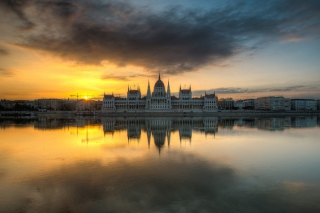 Budapest At Sunrise Background for Android, iPhone and iPad
