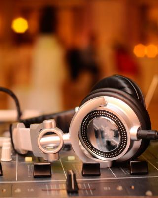 Hi Tech DJ Gadget - Obrázkek zdarma pro Nokia Asha 308