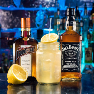 Cointreau and Jack Daniels - Obrázkek zdarma pro 2048x2048