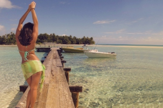 Free Girl On The Dock Picture for Android, iPhone and iPad