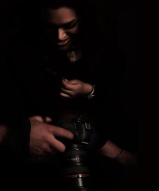 Photographer - Obrázkek zdarma pro Nokia Asha 306