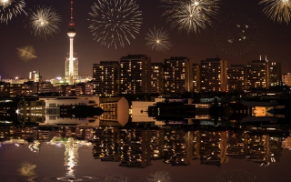 Free Fireworks In Berlin Picture for Android, iPhone and iPad