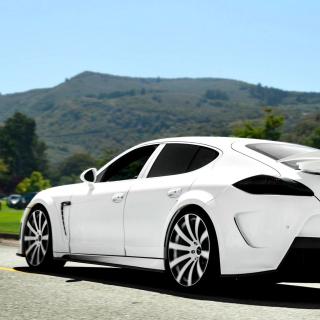 Porsche Panamera Turbo - Obrázkek zdarma pro iPad 2