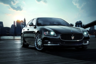 Free Maserati Picture for Android, iPhone and iPad